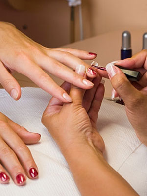 How to be a successful nail technician
